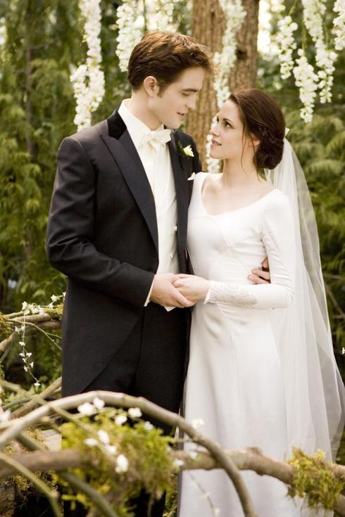 Twilight Breaking Dawn Bella wedding dress front