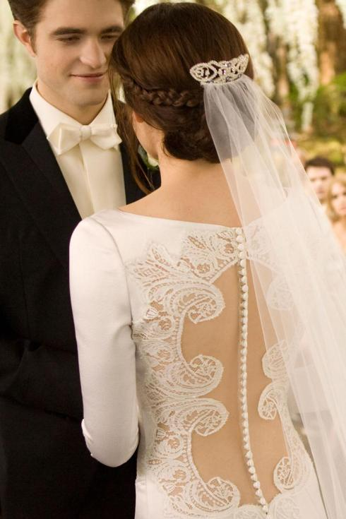 Twilight Breaking Dawn Bella wedding dress back